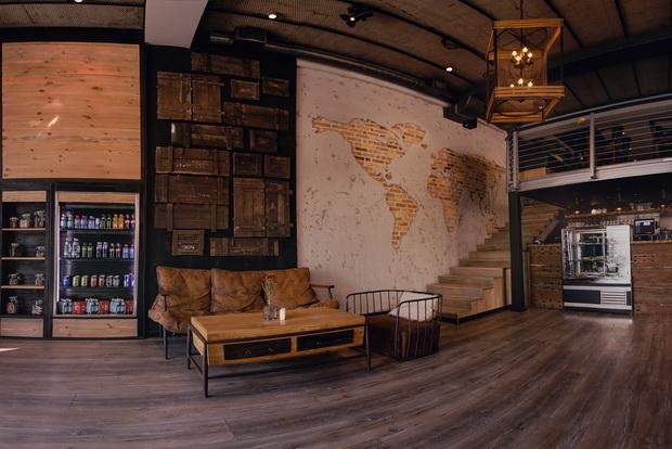 B&B Coffee House